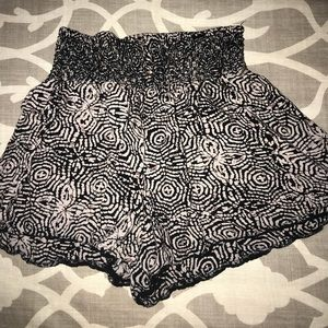 Flowy, patterned shorts